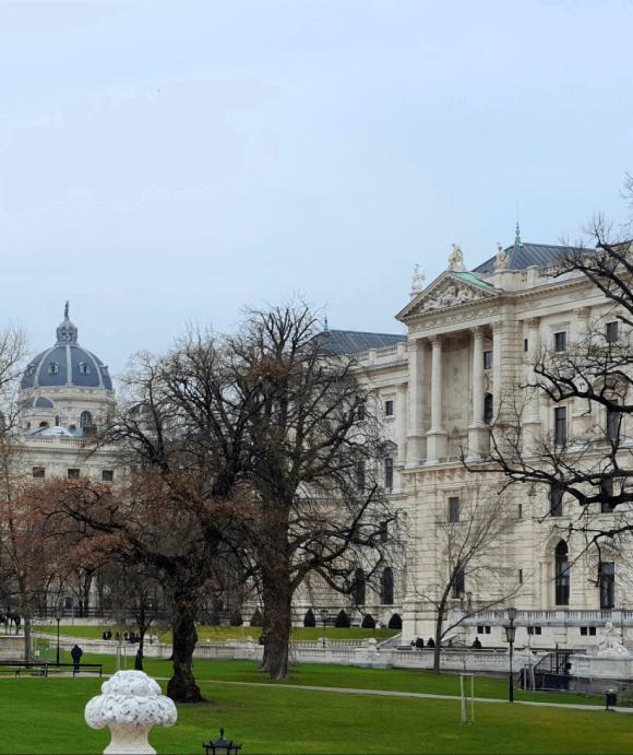 Vienna 33