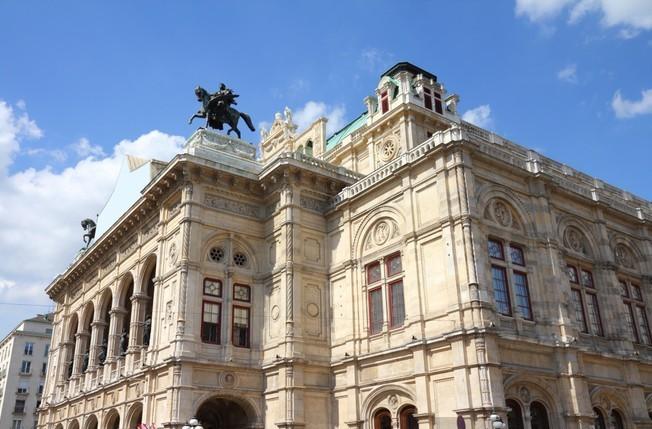 wall-murals-vienna-opera-house